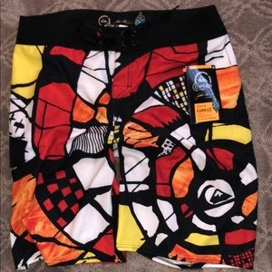 NWT 34 Quicksilver Cypher Kamikaze board trunks